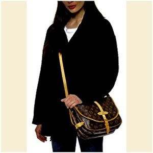 Louis Vuitton Monogram Saumur 30 Cross Body Bag